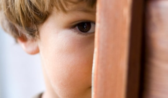 shy_child