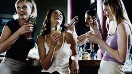 women_drinks