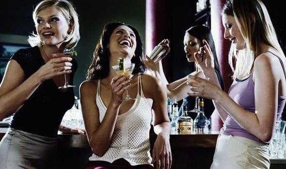 women_drinks